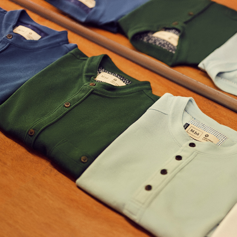 Sus prendas han pasado diseños de Fito Espinosa, Cherman, Entes, Alice Wagner, Jimbo, entre otros