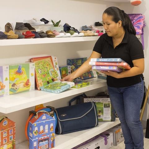 Por el lado de los juguetes, buscó artistas y marcas con productos especiales, que despertaran la imaginación, la creatividad y las ganas de descubrir de los niños.