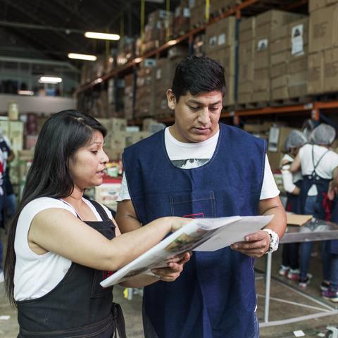 Soanpro (Sociedad Anónima de Proveedores) ha cumplido 28 años elaborando canastas de variados productos.