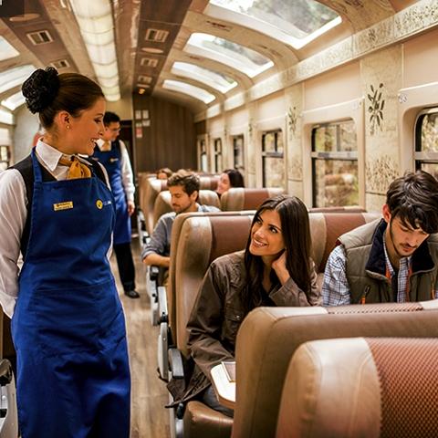 El tren Hiram-Bingham ha sido elegido repetidas veces como uno de los mejores del mundo en los premios de los Condé Nast Traveller Reader's Travel Awards, que se realiza en Londres.