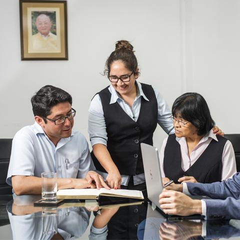 Saori Lavanderías es una marca peruana que con casi cuatro décadas en el mercado ha seguido una tradición de las lavanderías en el país: ser empresas familiares.