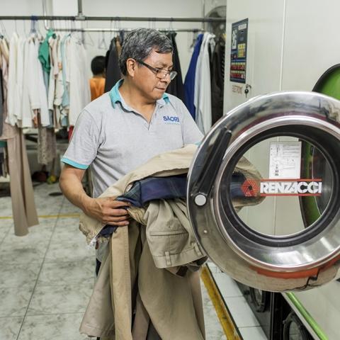 La energía eléctrica es el mayor gasto de una lavandería, por eso pronto la planta principal de Saori tendrá acceso a gas natural.