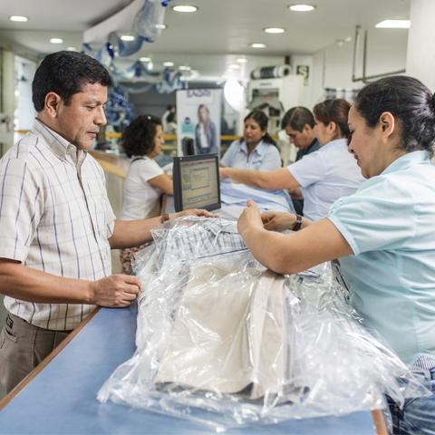 Este año la empresa Saori Lavanderías crecerá 5% pero la expectativa de  Adolfo Sugai es crecer 30% de aquí a cinco años con la suma de nuevos locales.