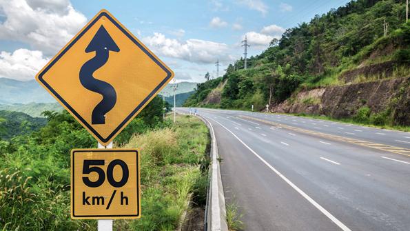 10 señales de tránsito que debes conocer al viajar por carretera