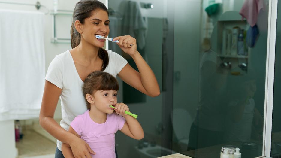 Mi hijo no quiere lavarse los dientes ¿Qué puedo hacer?