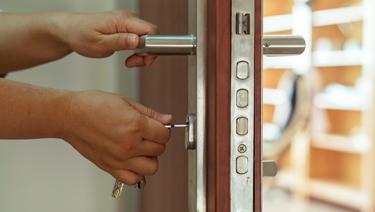 [VIDEO] ¿Cómo cuidar tu casa de robos durante estas vacaciones?