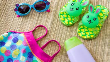 12 accesorios que debes llevar si vas a la playa con niños