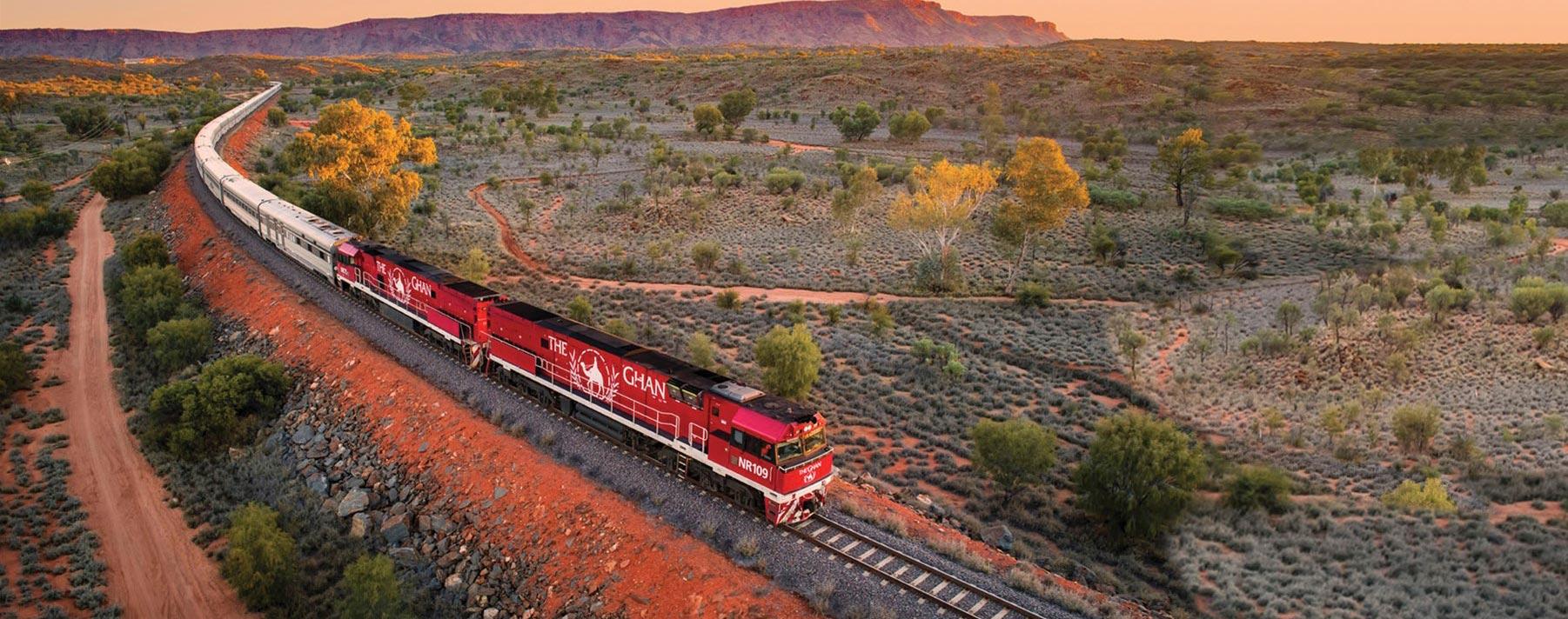 The Ghan, operado por Great Southern Rail, es un tren legendario que mantiene una conexión romántica con la tierra.