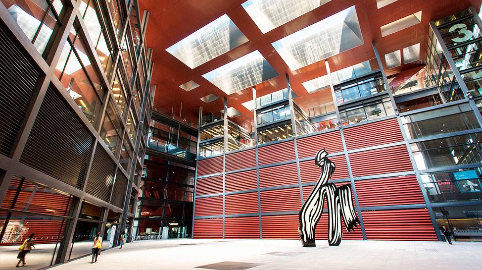 Ingresa gratis al museo Reina Sofía de Madrid, los lunes y de miércoles a sábado, entre las 7 p.m. y las 9 p.m. Domingos de 1:30 p.m. a 7 p.m.