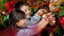 Árbol de Navidad: diviértete en familia armándolo con facilidad