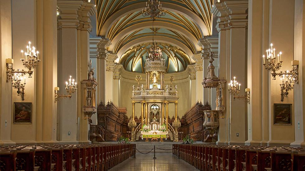 1. La Lima de Pizarro. La Basílica Catedral de Lima es el escenario donde se ubican los restos de Francisco Pizarro.