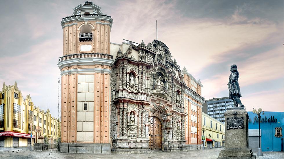 2. Iglesias con historia y arquitectura. Las sedes religiosas del Centro Histórico suelen guardar grandes historias y majestuosos diseños arquitectónicos.