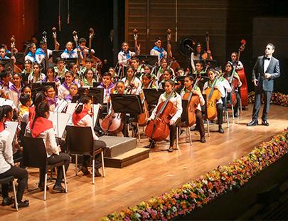 Sinfonía por el Perú: así se transforma vidas mediante el arte