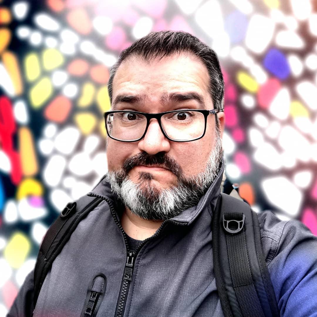 Bruno Ortiz, experto en tecnología, te invita a responder la 'Trivia Cool'. No te quedas fuera y participa